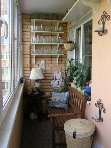 amenajarea balconului inchis si ingust idei amenjari home deco. Black Bedroom Furniture Sets. Home Design Ideas