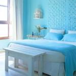 Dormitor decorat in nuante de albastru