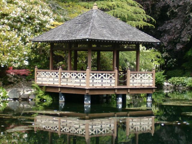 foisor de gradina in stil japonez