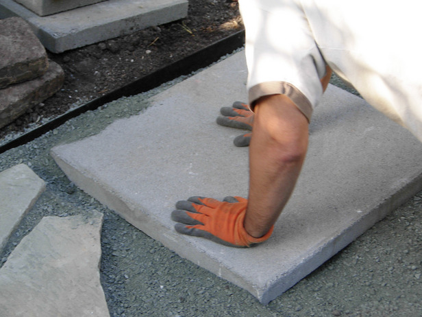 alee de mozaic - instalare placi
