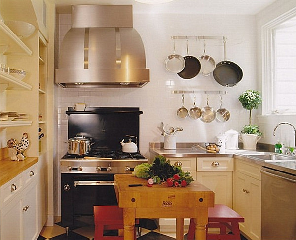 10 idei de redecorare a unei bucatarii mici idei amenjari home deco - Kitchen layout designs for small spaces ...