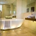 baie luxoasa 3