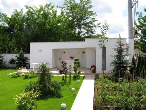 Modele de case si gradini lux din romania for Casa moderna romania