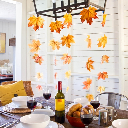 original_Layla-Palmer-Halloween-Fall-Leaf-Garland-Beauty_s3x4.jpg.rend.hgtvcom.1280.1707
