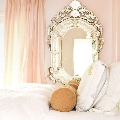romantic-bedroom-from-high-gloss