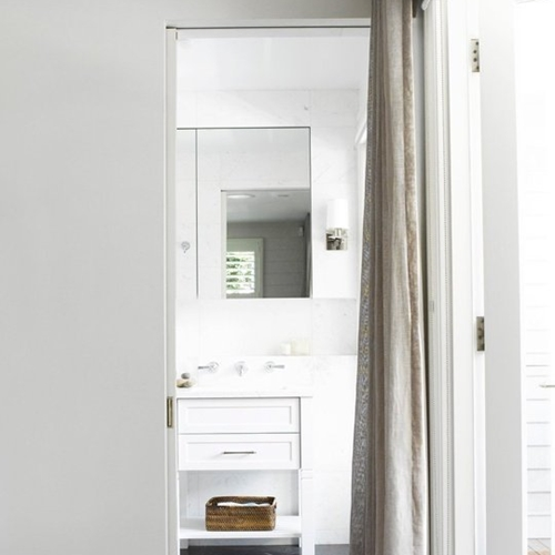 portiere_bathroom_neutral_calm_white